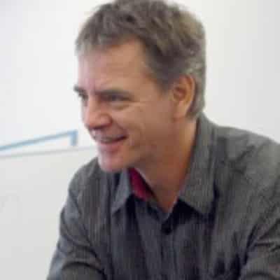 Speaker - Frank Stelzer